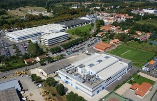Liebherr-Aerospace Toulouse SAS, Toulouse (France), Liebherr's center of excellence for air management systems