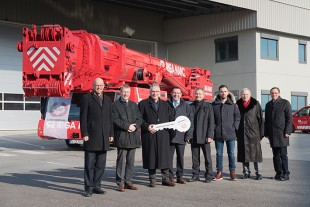 500th Liebherr LTM 1500-8.1 mobile crane handed over to Riga Mainz