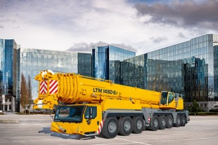 The Liebherr LTM 1450-8.1 mobile crane is designed for high flexibility and economy.