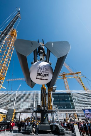 "Under the motto ""Be Part of Something Bigger"" Liebherr invited visitors to participate in various exciting activities and thus become part of this top-class event."