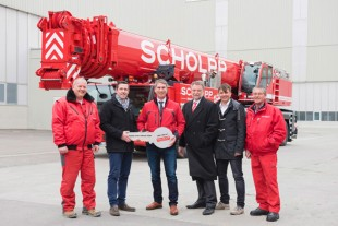 LTM 1350-6.1 mobile crane handed over to SCHOLPP Kran & Transport GmbH.