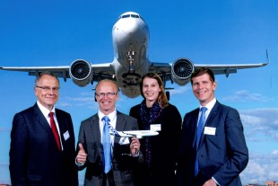 Recipients of the SQIP Award on behalf of Liebherr-Aerospace Toulouse SAS