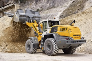 The new Liebherr L 580 Xpower wheel loader with its power split driveline works with the greatest level of efficiency in all applications.