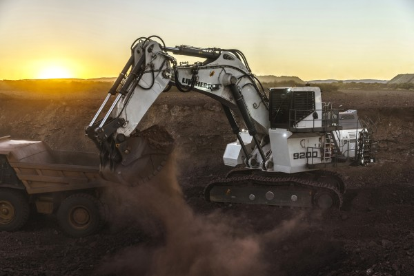 Liebherr mining excavator R 9200 equipped with a backhoe bucket