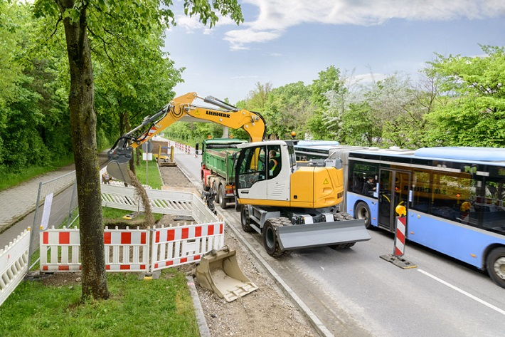Galabau  Compact and agile Liebherr earthmoving machines at the GaLaBau ...