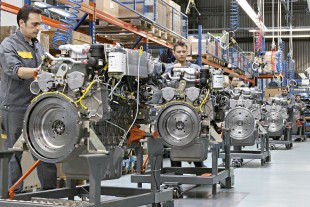 Assembly line of in-line engines at Liebherr Machines Bulle SA.