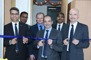 Representatives of Liebherr India and Liebherr-Aerospace during the ribbon cutting ceremony at the new office in Bangalore.