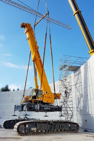 When the base and wall is completed, the LTR 1220 will be hoisted out of the site.