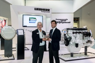 Liebherr receives the Newsmaker of the Year 2016 award at CONExpo-Con/Agg 2017.