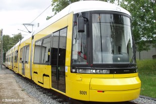 Liebherr provides passengers of low-floor FLEXITY trams in Berlin with fresh air - © Bombardier