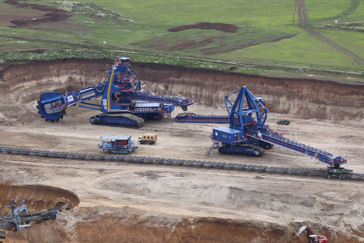 Liebherr supplies a bearing for the world's largest compact