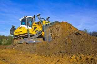 Liebherr's new crawler tractor, the PR 766, is the successor model to the successful PR 764 in the 50 tonne category.