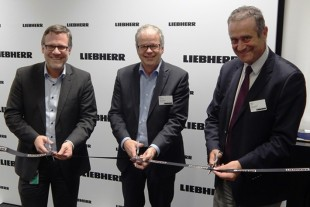 Opening ceremony at the new liaison office of Liebherr-Aerospace in Hamburg.
