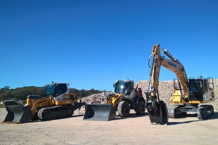 Liebherr LR 634 Crawler Loader, L 524 Wheel Loader and R 920 Excavator at Cleanaway Noosa landfill, QLD.