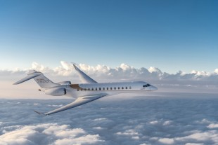 Travelling in comfort: The Global 7500 business jet with Liebherr's integrated air management system on board. - Copyright Bombardier Inc.