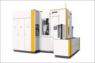 Visitors can experience the gear hobbing machine LC 280 α in Italy.