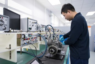Testing of a valve at Liebherr-Aerospace's repair facility in Shanghai