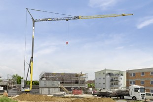 An addition to Liebherr's L1 series: the L1-32 hydraulic fast-erecting crane.
