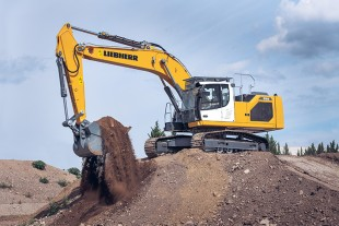 The generation 8 series is made up of seven models ranging from 48,500 to 99,200 lb (22 to 45 t).