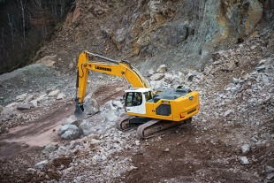The Generation 8 series, now in production at Liebherr-France SAS in Colmar, is made up of seven models ranging from 22 to 45 tonnes: R 922, R 924, R 926, R 930, R 934, R 938 and R 945.