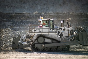 A Liebherr PR 776, the world's first hydrostatically powered dozer among 70-tonne machines