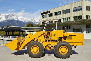 Lovingly and fully restored: The LSL 1500 shovel loader is the oldest preserved Liebherr wheel loader in existence.
