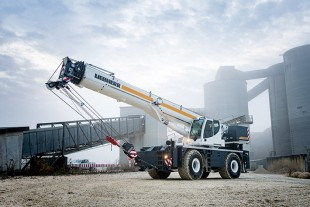 The Liebherr rough-terrain crane LRT 1090-2.1 is designed for high capacity and safety.
