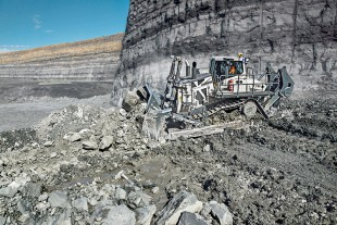 The PR 776 70 tonne mining dozer.