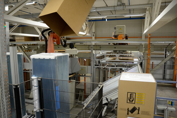 Packaging system for Liebherr refrigerators