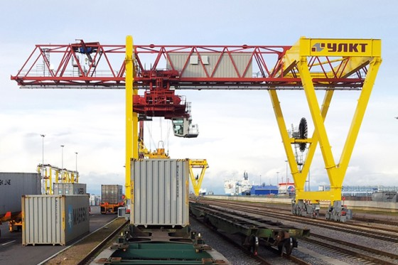 Rail Mounted Gantry Crane : Rail mounted gantry cranes liebherr