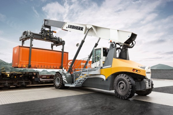 Liebherr LRS 545-31 in intermodal handling at a rail terminal in Austria.