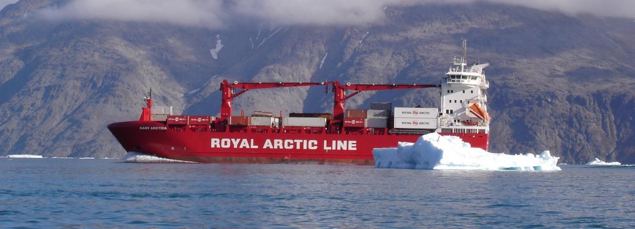 Arctic Line : Ship cranes liebherr