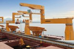 shipcrane_picture_teaser_liebherr-sc-fts-mpg-multi-purpose-grab-crane-floating-transfer-solution-bulk-handling-vale-ore-fabrica-23.jpg