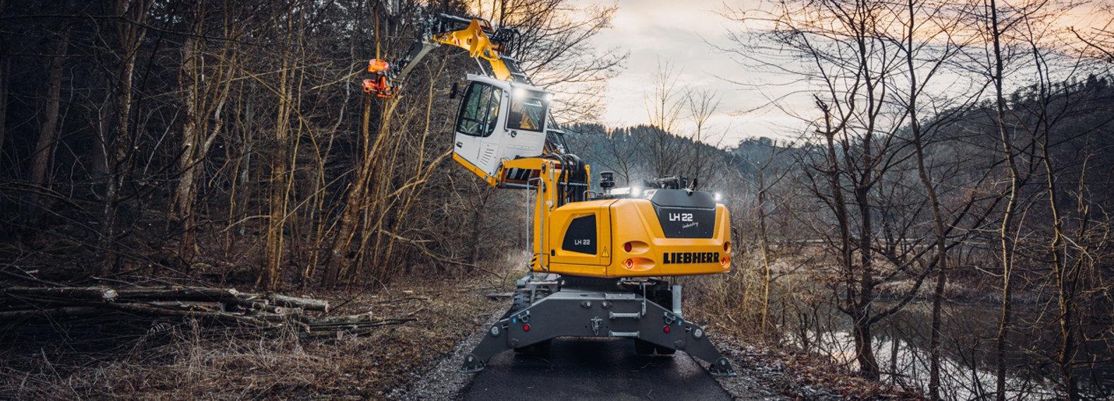 Caterpillar Bulldozer Dozer Yellow Machine Parked Editorial Image - Image  of build, mover: 104886845