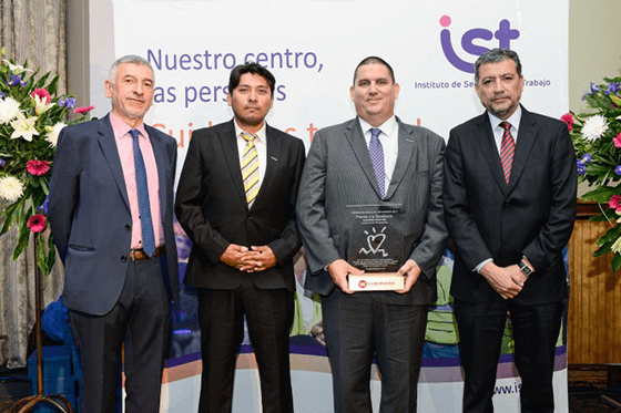 Компания Liebherr Chile SpA удостоена награды IST Safety Excellence Award