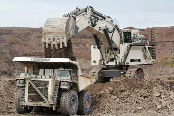 Rely on Liebherr Maintenance strategy to maximize availability & reliability.