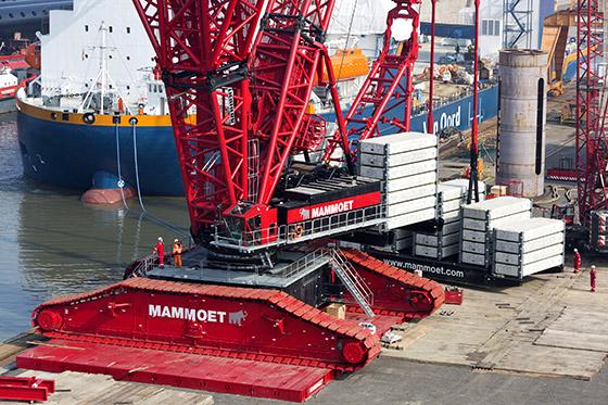 Mobile Crane Apprentice Jobs Canada : Grue sur chenilles lr ?quip?e de la fl?che powerboom